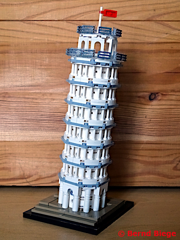 LOZ-Architektur bei Lidl - Schiefer Turm von Pisa